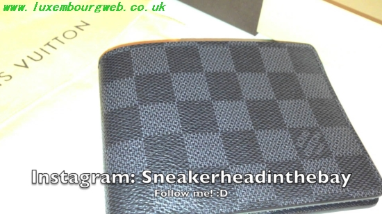 Louis Vuitton Mens Wallet Replica