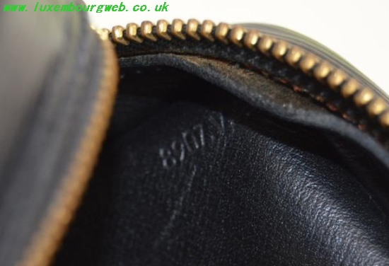 Louis Vuitton Mens Wallet Serial Number Location