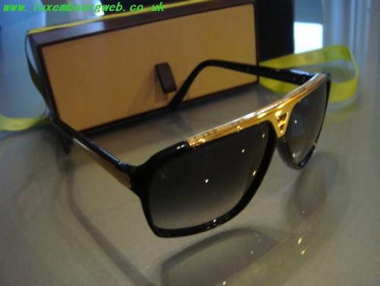 336fe0aa3640e Louis Vuitton Sunglasses Evidence Replica buylouisvuittonuk.ru