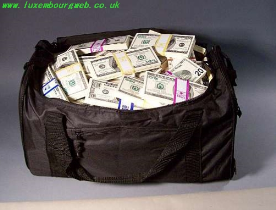 louis vuitton duffle bag full of money